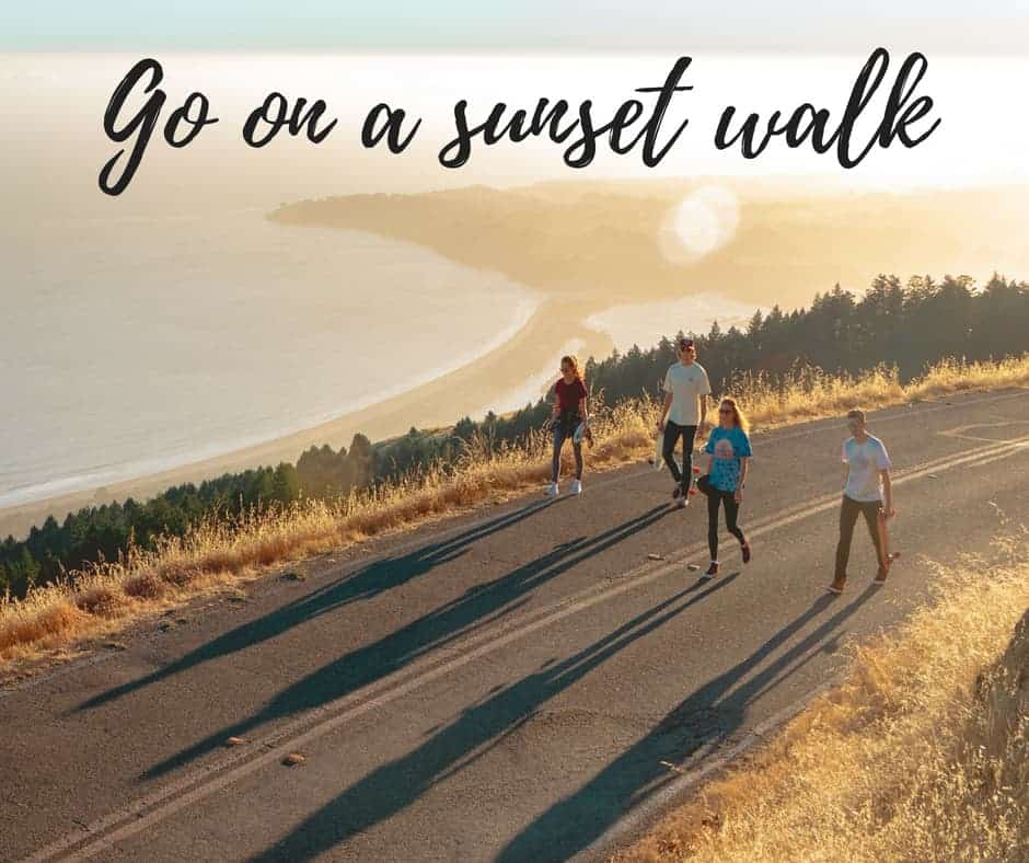 sunset walk summer activities by inspiredbudget.com