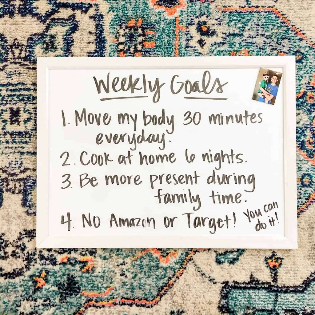 Set weekly goals to help you stop impulse spending on your credit card