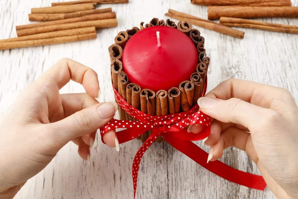 DIY Christmas gift candle