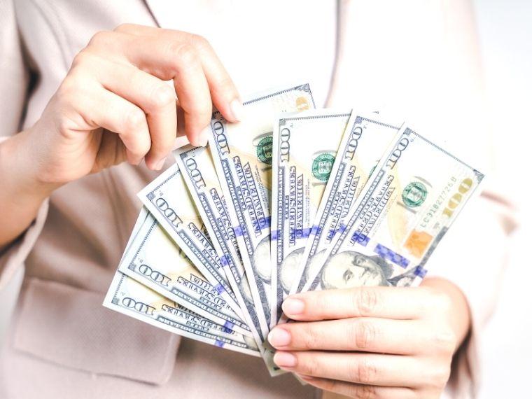 money in hand image